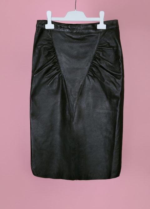 jupe en cuir noire