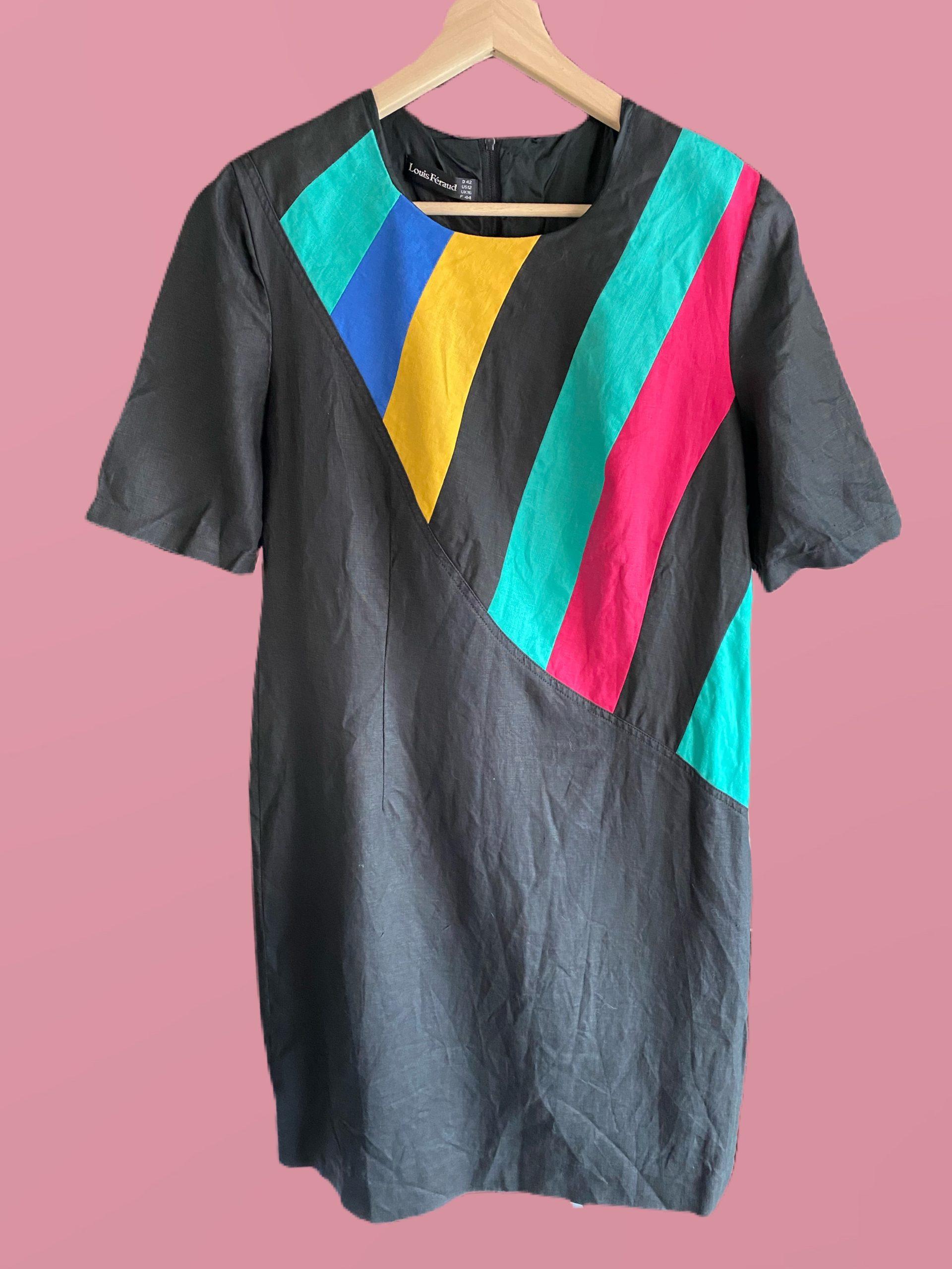Robe Noire aux détails colorés Louis Féraud T.44